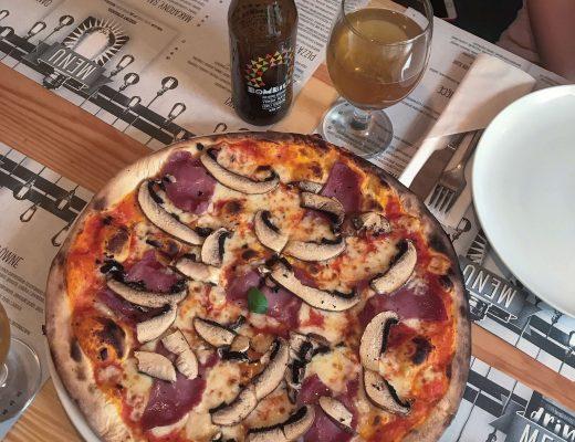 pizza otwarte drzwi kuchnia włoska