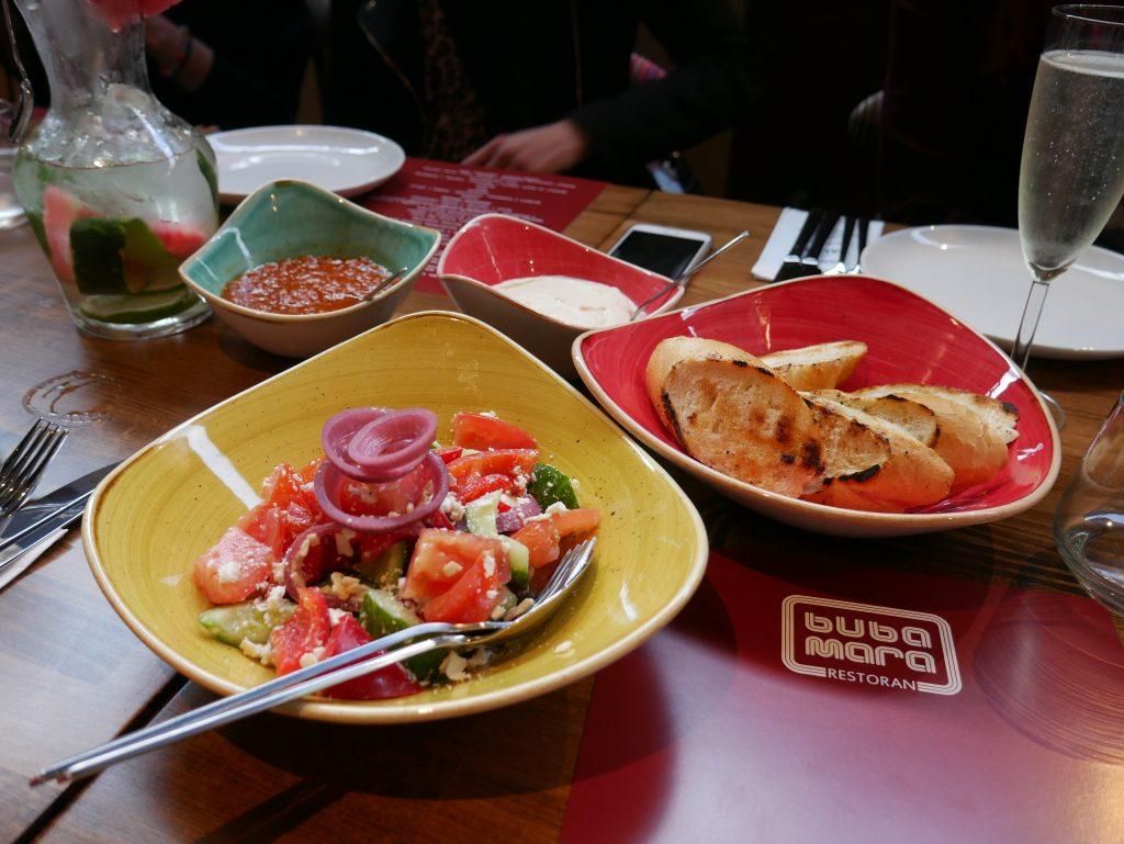 opcje wegetariańskie w restauracji bubamara